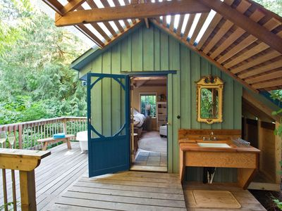 Photo for 1BR Cottage Vacation Rental in Salt Spring Island, BC