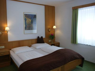 Photo for Budget Double Room with Street View, shower / wc - Auwirt, Hotel Apartment