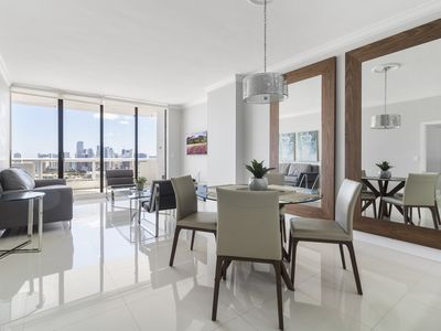 Photo for ⭐Luxury One Bedroom Condo with complimentary VALET parking ⭐#4244