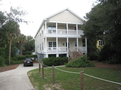 2005 Built 3 Br, 2.5 Bas Home With 2 Front Porches,1-2 Blocks To Town & Beach!