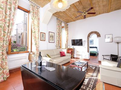 Photo for Charming Retreat on Cobblestone Street - Apartment for 4 people in Roma