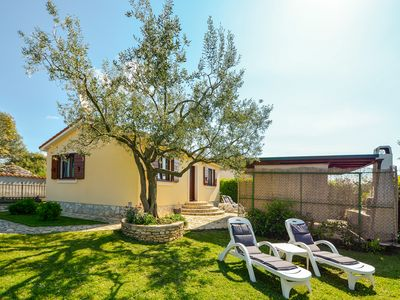 Photo for Beautiful house in Fažana with beautifully landscaped garden, BBQ and only about 1 km from the beach