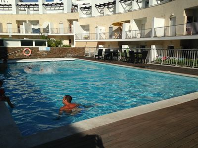 Photo for Spacious 2 Bedroom Apartment with Pool, Air Conditioning and Wifi