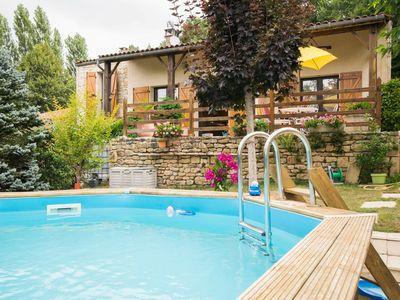 """Photo for Pet-friendly Holiday Home in Blanquefort-sur-Briolance"""""""