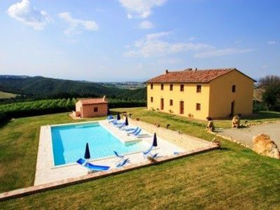 Photo for Villa in San Gimignano with 8 bedrooms sleeps 18
