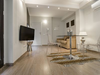 Photo for Kirei Apartment Sombrereria I - Apartment for 4 people in Valencia