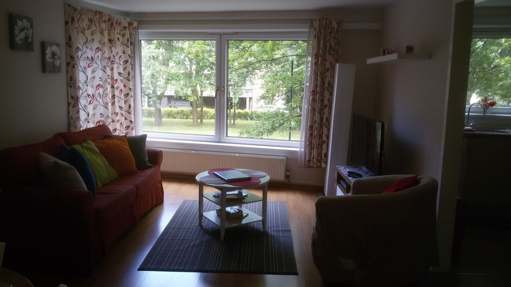 Bright 2 double bedrooms flat