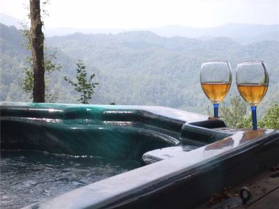 Romantic Log Cabin Great Views Fireplace Hot Tub Privacy Near