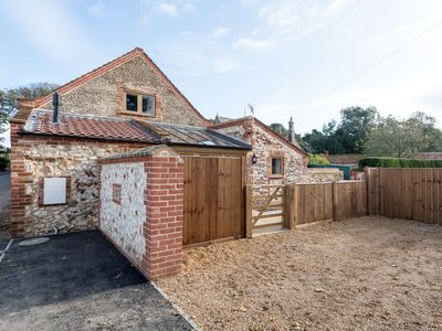 Photo for 3 bedroom accommodation in Holme-next-the-Sea, near Hunstanton