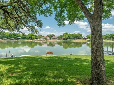 Photo for Shade Tree Cottage - Perfect Lake LBJ Getaway!