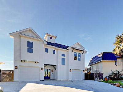 Photo for Modern Seaside Farmhouse, New Construction in Key Allegro with Bay View!