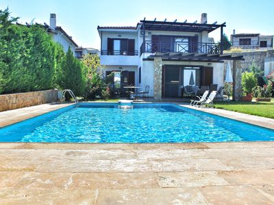 Photo for Villa ELITA, luxurious villa with private swimming pool,garden & sea-view