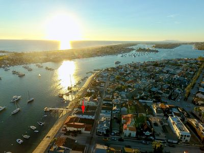 Photo for Alluring Balboa Island Bayfront Beach House