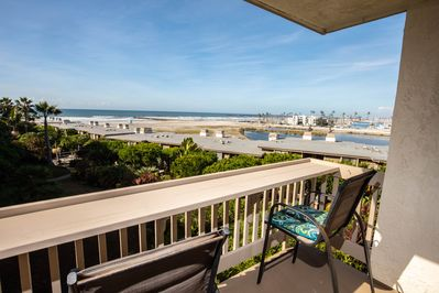 Panoramic ocean, river, harbor, and mountain vistas will provide many hours of enjoyment on your private balcony. Notice the breakfast bar for El Fresco brunch!