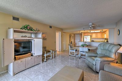 This condo boasts over 1,000 square feet of living space.