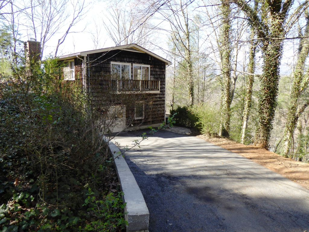 Nature 39 s retreat cabin secluded near cherokee and the casino whittier smoky mountains north - Mountain cabin plans close to nature ...