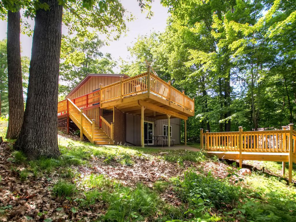 in cabin a area vrbo wisconsin vacation nc homes rental rentals cabins rent interior luxury asheville