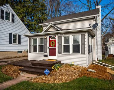 Photo for Lansing home: Between MSU and Old Town