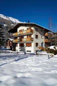 Photo for Holiday apartment Saas Grund for 1 - 6 persons with 2 bedrooms - Holiday apartment