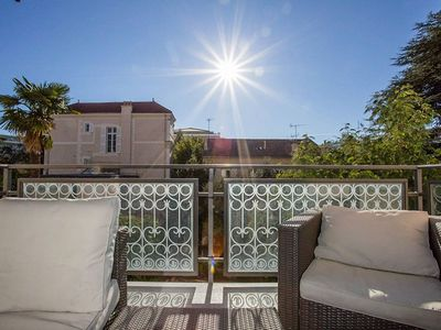 Photo for 3 bedrooms:  200m from Croisette