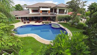 Photo for Chiang Mai Creek Villa 6 + 2 Bedroom (8) by HVT