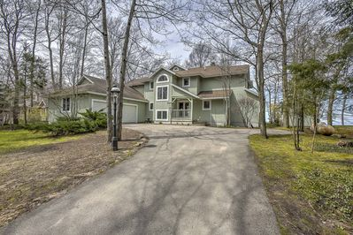 Escape to this beautiful vacation rental house on Lake Michigan.
