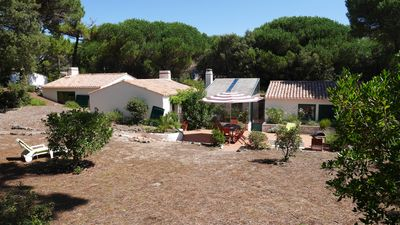 Photo for Large holiday house, with direct access to the sea