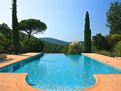 Photo for Large villa near Saint Tropez on 3 hectares with pool max 14 per