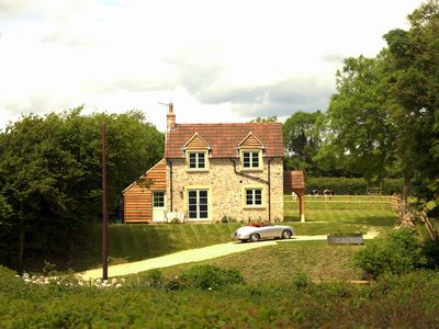 Photo for Peaceful, scenic,cosy cottage near Wells and Frome
