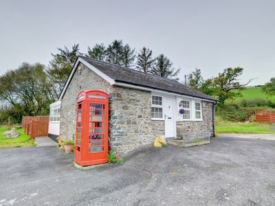 Photo for Modern holiday accommodation situated just outside the seaside town of Aberystwyth, Pentre Cottage h