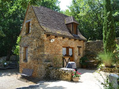 Photo for Charming cottage in Périgord Noir 20 minutes from Sarlat