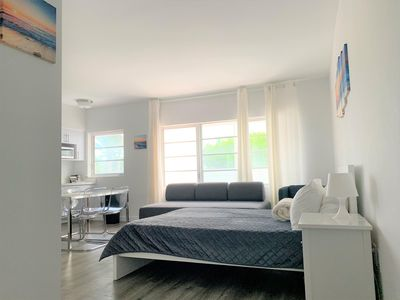 Photo for Apartment Vacation Rental in Miami Beach, Florida