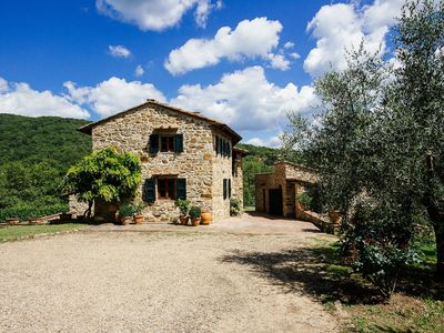 Photo for Beautifully restored farmhouse in the heart of the Chianti