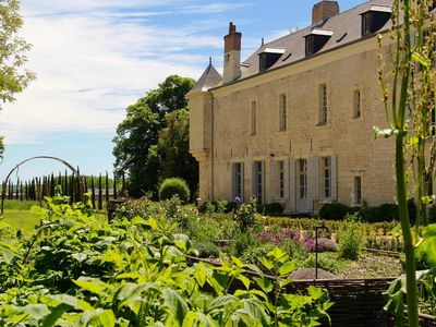 Photo for Château de Minière- Stay in the heart of the vineyards-16 people