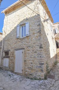 Photo for Village house completely renovated in the heart of Vachères