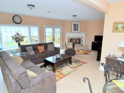 Photo for 4 BEDROOMS, 3 FULL BATHS, DECK, FIREPLACE AND 2900 SW FT. -  Lic. # 17STR-08