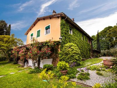 Photo for VILLA D'AMICO, charming indulgence overlooking Lucca Town Centre