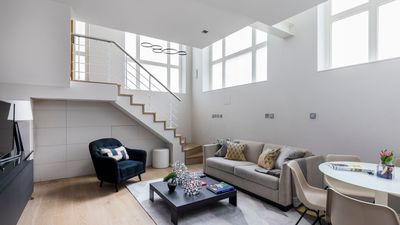 Photo for Fantastic, Modern 1BR in Covent Garden