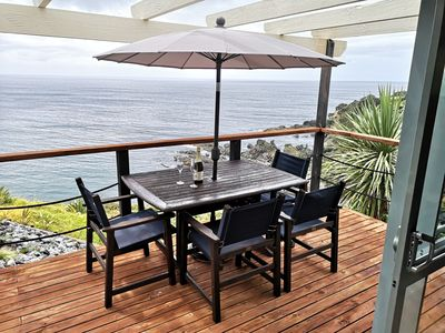 Photo for Stunning ocean front cliff top cottage