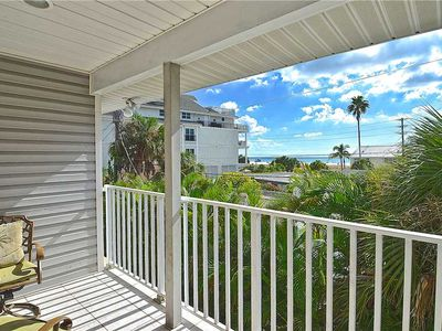 Beach Walk Unit B, 3 Bedrooms, Pool Access, WiFi, Sleeps 8