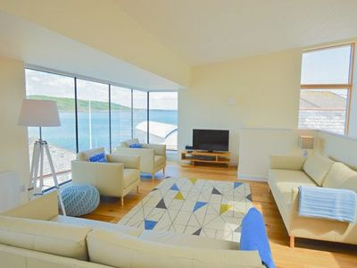 Photo for A stunning 'up-side down' property with exceptional accommodation.
