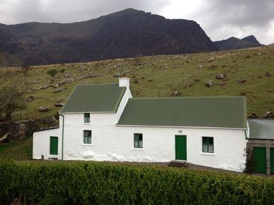 Photo for Cosy Cottage on the Dingle Peninsula located on the Wild Atlantic Way
