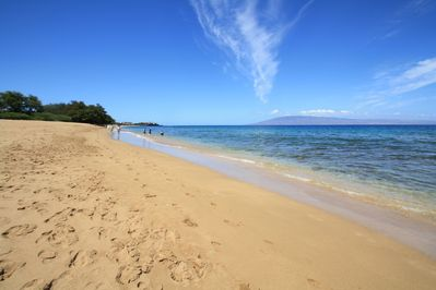 Kaanapali Beach in front of Honua Kai overlooking Black Rock to the south.