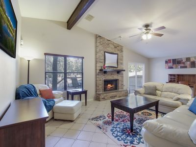 Family Retreat! New Kitchen, Large Deck! 36Hr Spacing/CDC Clean rec.
