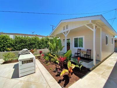 Photo for Super Cute Detached Cottage 1 Mile to the Beach!
