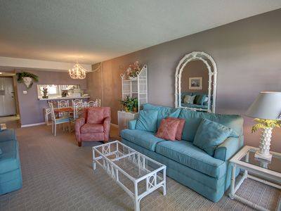 Photo for 2BR / 2BA Centrally located with a view of the Gulf