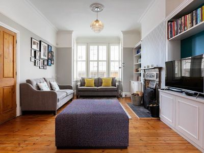 Photo for Vivacious and spacious family retreat located in desirable Wimbledon (Veeve)