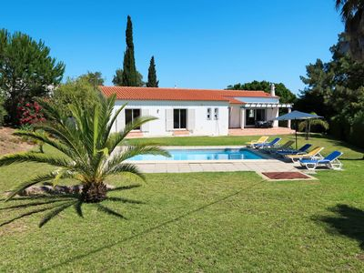 Photo for This 3-bedroom villa for up to 6 guests is located in Porches and has a private swimming pool, air-c