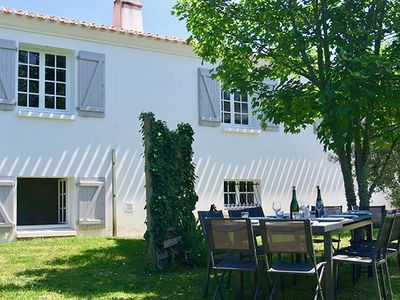 Photo for Beautiful and large holiday home in the heart of Ile-d'Olonne