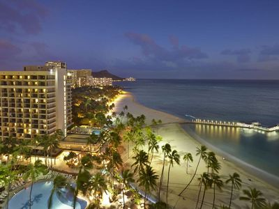 Photo for Hilton Hawaiian Village. Fabulous Beach And Lagoon! Over 450 reviews on Vrbo!